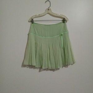 Eli Tahari Green 100% Silk Pleated Skirt 4